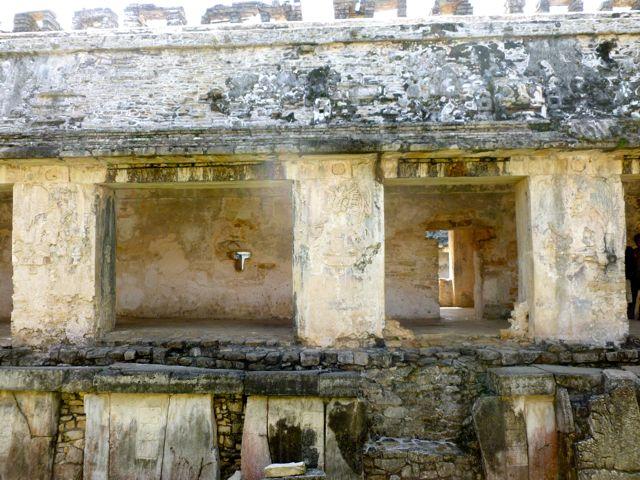 Palenque stuccos