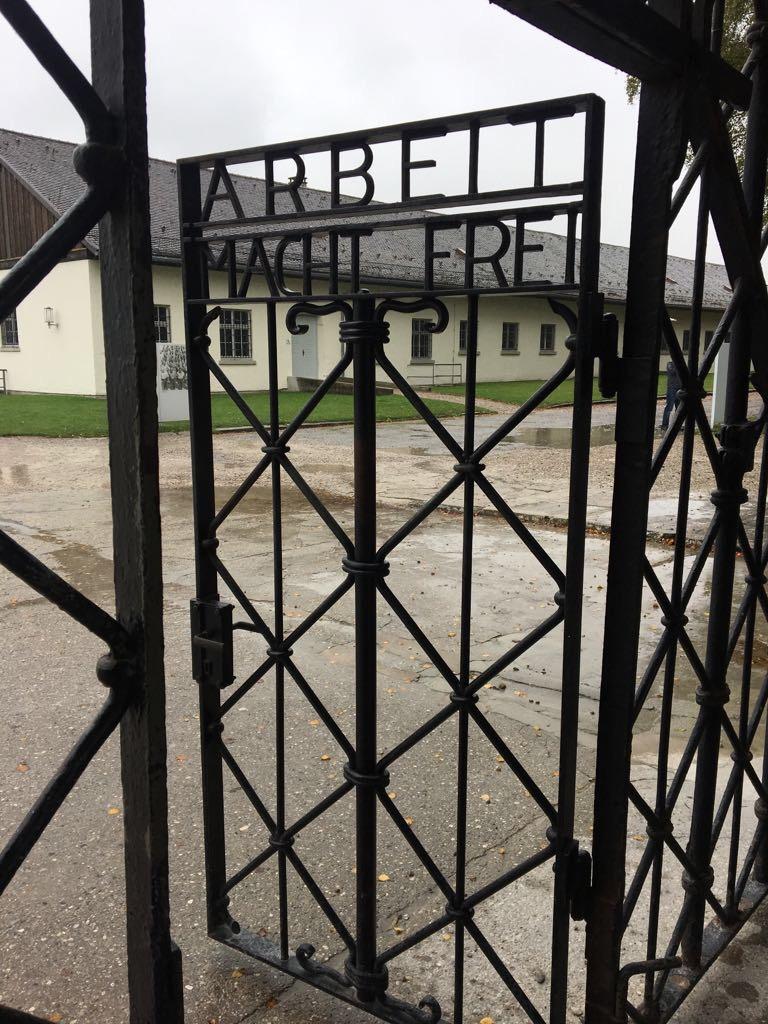dachau arbeit macht frei germany holocaust